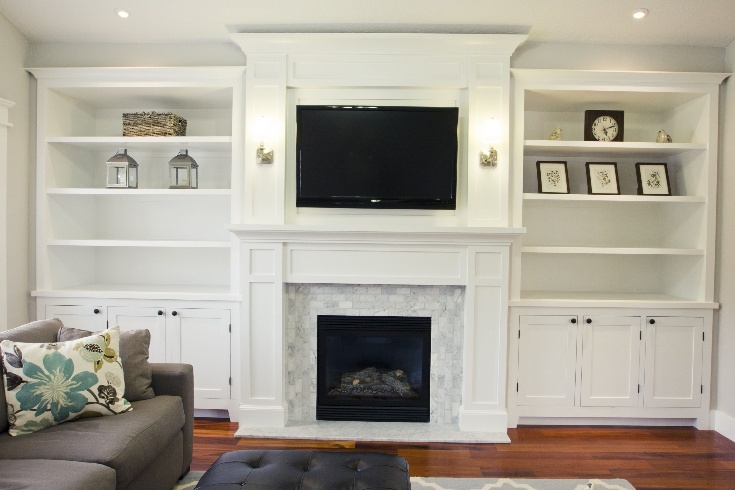 Great Built Ins Around Mantel Move Tv To Right Diy in dimensions 3796 X 2531